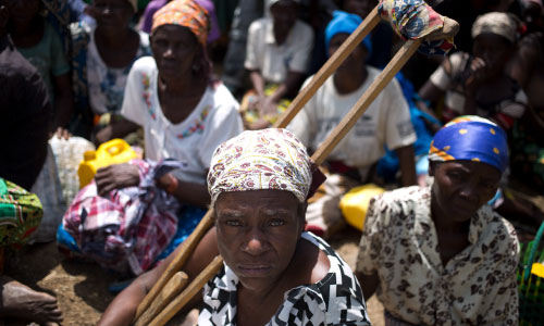 Cyclone Idai woman with disability (c) Karel Prinsloo / Age International